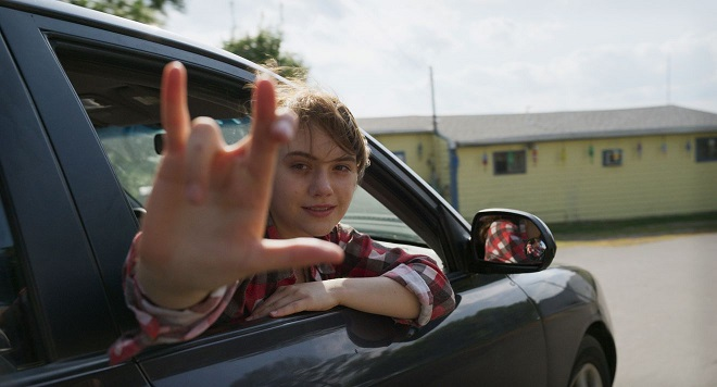 Ruby in 'CODA' movie making an I Love You ASL sign